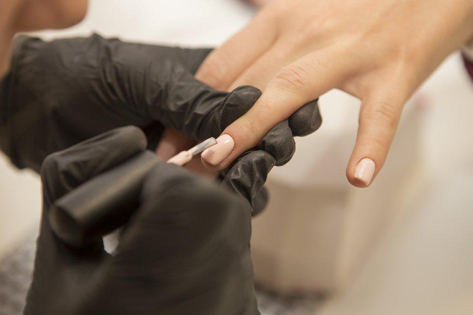 kurs manicure hybrydowy